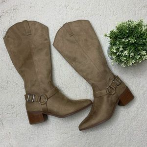 Brand New Forever 21 Cowboy Style Suede Boots